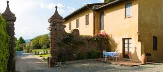 farmhouse and holiday apartments in lucca tuscany