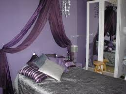 chambre violet et une chambre dans les tons violet et gris d co