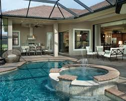 Pool Patio Decorating Ideas by Best 25 Screened Pool Ideas On Pinterest Houses With Pools