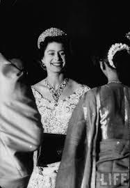 Queen Elizabeth 2 Queen Elizabeth Ii During Her Tour Of The Indian Subcontinent In