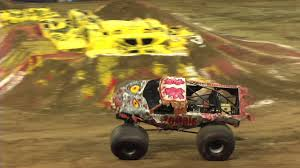 youtube monster trucks racing monster jam zombie u0026 mega bite monster truck freestyle from