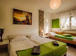 Schlafzimmer Komplett Hagen Ferienwohnunge Vilaveja Fewo Direkt