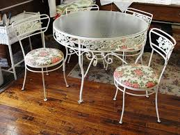 Vintage Patio Furniture Metal by 34 Best That Table And Chairs Images On Pinterest Wrought Iron