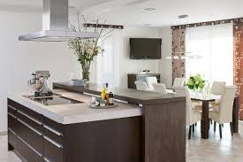 offene küche mit kochinsel kleine küche mit kochinsel sketchl edle küche mit fronten