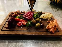cuisine vercauteren jeff vercauteren on harvest board warm roasted salad