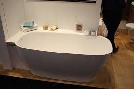 Clawfoot Bathtub Shelf A Modern Take On An Old Concept Freestanding Bathtubs