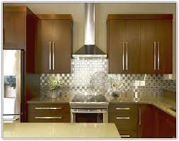 Bar Pulls For Kitchen Cabinets Kitchen Cabinets With Bar Pulls Home Design Ideas
