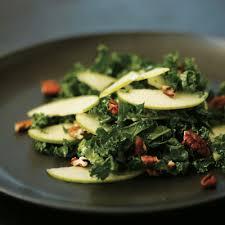 cuisiner le chou frisé salade de chou frisé pomme verte et pacanes châtelaine