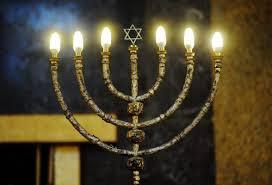 candeliere ebraico visita a sorpresa in sinagoga nel giorno di shabbat avete mai