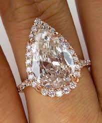 teardrop diamond ring best 25 pear diamond engagement ring ideas on pear
