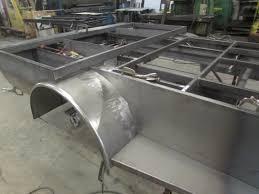 bedding rig truck welding beds tow rig and pipeline welding truck