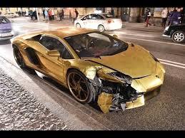 gold lamborghini aventador crash gold lamborghini aventador poland 2017