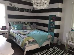 traditional kids bedroom with chandelier carpet in des moines traditional kids bedroom with high ceiling carpet chandelier hardwood floors ps maskros