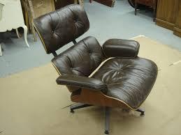 Eames Lounge Chair In Room Eames Lounge Chair Repair Tutorial The Restoration Studio