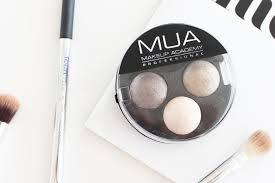 Makeup Mua mua makeup academy baked trio eyeshadow in innocence review