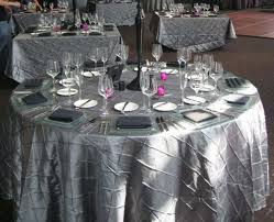 120 silver platinum pintuck table cloths 8 wedding pintuck