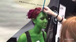 Gamora Costume Woman Transforms Into Gamora At The New York Comic Con Mashable