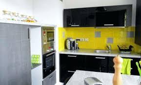 cuisine noir et jaune cuisine noir et jaune cuisine cuisine et mur jaune cethosia me