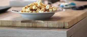 petit d駛euner au bureau image libre bol petit déjeuner céréales bois traditionnel
