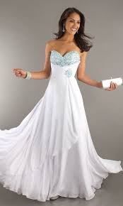 fashion trends elegant white wedding dresses matched with