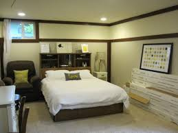 decorating a basement bedroom 1000 ideas about unfinished basement