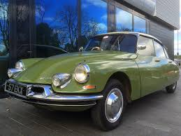 citroen classic ds citroen ds old vs new we buy any car blog