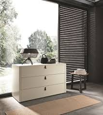 Space Saving Closet Ideas With A Dressing Table Dressing Tables With Mirrors Reflect The Beauty Of The Décor