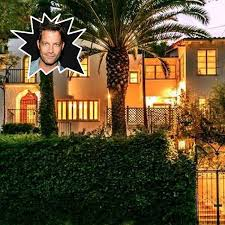 nate berkus home nate berkus is selling his incredible 2 9 million l a home lonny