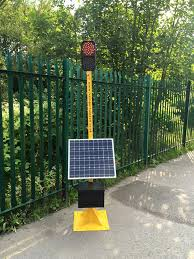 Solar Traffic Light - solar powered remote control traffic light transport support