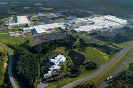 mercedes alabama plant mercedes invests 1 billion in the alabama plant to build