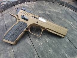 tanfoglio eaa witness stock iii loading that magazine is a pain