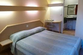 chambre 2 personnes chambres et studettes chambre grand lit ou 2 lits jumeaux