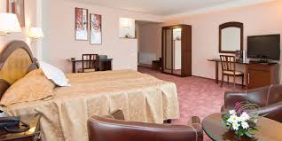 40 Square Meters by Double Business Executive Hotel Ambient Brasov Best Price