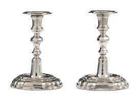 candelieri in argento coppia di candelieri in argento fuso e sbalzato bottega san