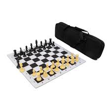 traditional staunton chess pieces with drawstring bag chess