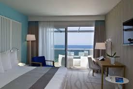 chambre des m騁iers ajaccio chambre vue mer à ajaccio radissonbluajaccio rangements