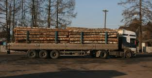 semi trailer truck file russian timber semi trailer truck jpg wikimedia commons