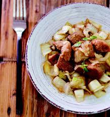 recette cuisine porc sauté de porc et endives à la bière ambrée les meilleures recettes