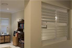 Shutter Room Divider Plantation Shutter Room Divider Screens Pictures To Pin On