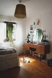 Retro Bedroom Designs Vintage Bedroom Ideas Rustic Brown Brick