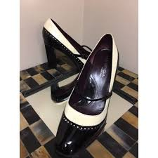 via spiga vintage mary jane leather wing tip spectator pumps black