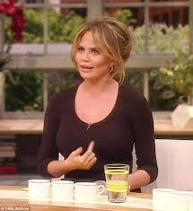 Sofia Vergara Bouncing Tits - chrissy teigen reveals she has 40 dd boobs on fablife show