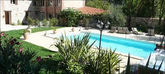 chambre d hotes pyrenees domaine de la tannerie piscine chauffée spa à prades