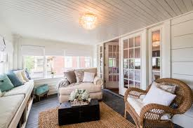 How To Decorate A Living Room by 7 Things To Know About Monica Potter U0027s New Hgtv Show U0027welcome Back