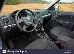 skoda yeti 2010 interior with drivers seat and steering wheel skoda yeti suv 2010