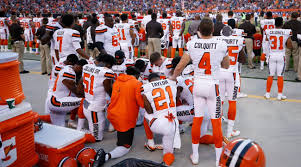 What Are The Colors Of The Portuguese Flag Nfl National Anthem Protest List Of Players Who Have Kneeled Si Com