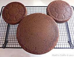 how to make a mickey cake without a fancy pan or food colored