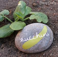 Diy Garden Crafts - vinyl diy garden markers with free silhouette cut file cutesy crafts