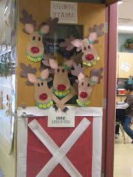 Christmas Door Decorating Contest Ideas Ees Winter Ideas Pinterest S Ees Christmas Door Decorating Contest