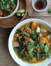 cuisiner navets soupe detox aux navets pour 15 personnes recettes à table
